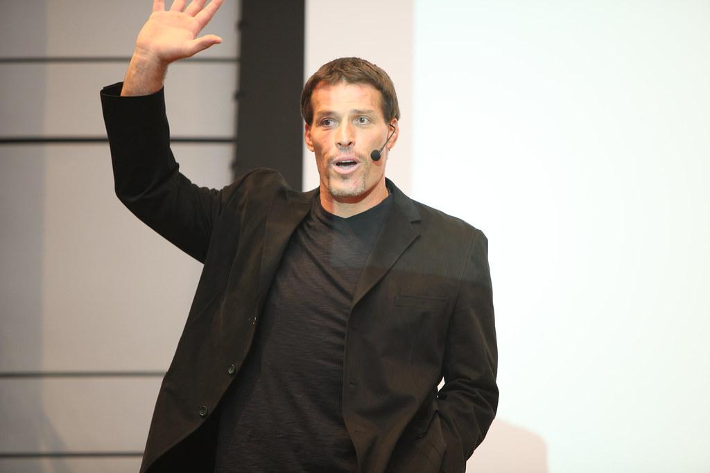 Hui Mastermind – Tony Robbins Seminar