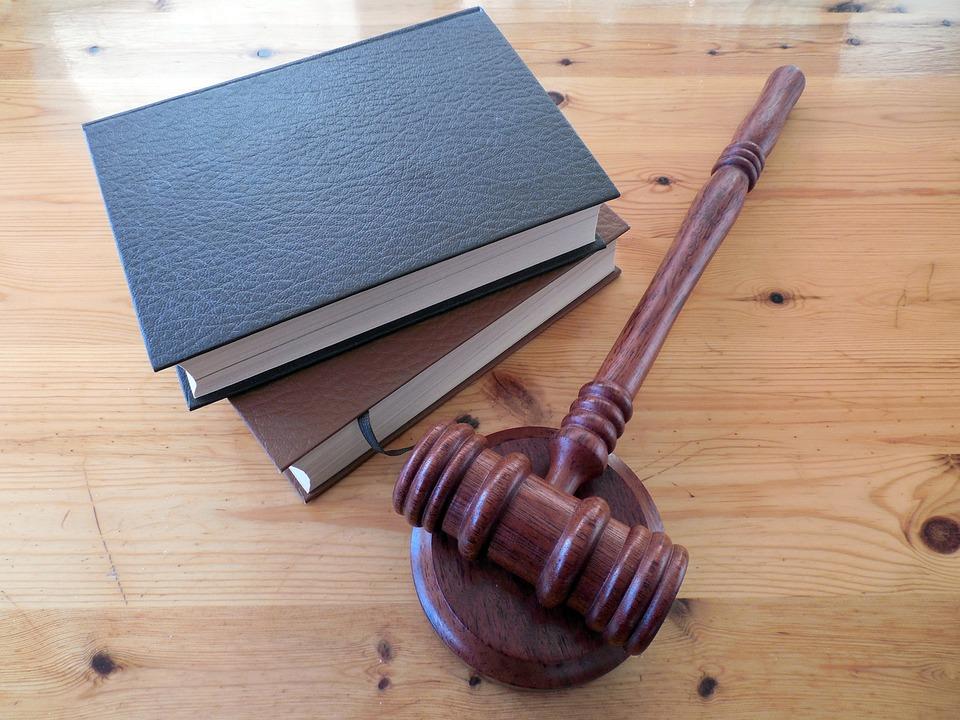 Legal Strategies for Real Estate Investors w/ Scott Smith #172